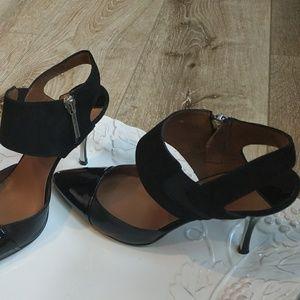 Donald J. Pliner Shoes - Donal Pliner patent leather sz7 exc cond beautiful